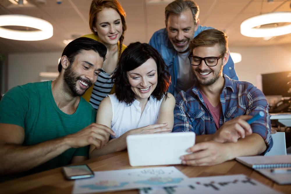 team al lavoro per definizione content strategy